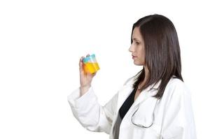 При беременности обязательно проводят общий анализ мочи