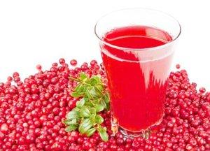 Клюквенный сок является эффективным средством для лечения болезней мочевой системы