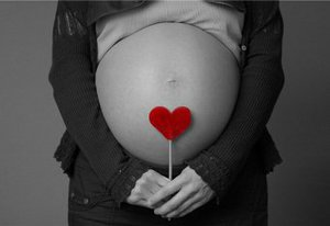 Морс из клюквы очень полезен для беременных