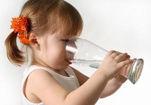 Пейте воду перед проведением УЗИ почек