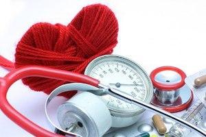Повышенное давление - один из симптомов микроальбуминурии