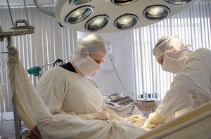 Проведение операции на мочевом пузыре